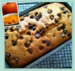 Eats & Treats: Pumpkin Chocolate Chip Bread
